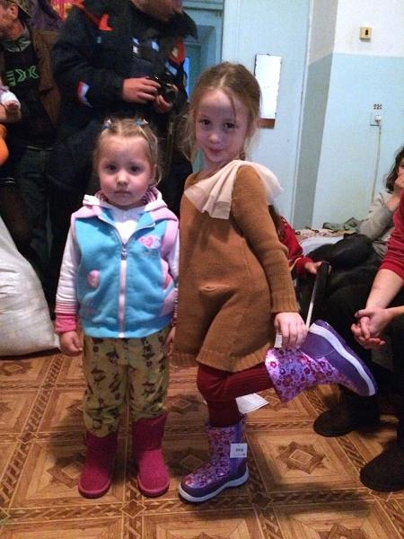 Маленькі Вероніка та Ліза
